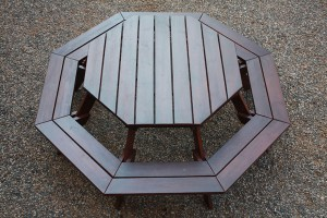 Octagonal Bench Entertainer
