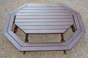 Octagonal Bench Oval Entertainer